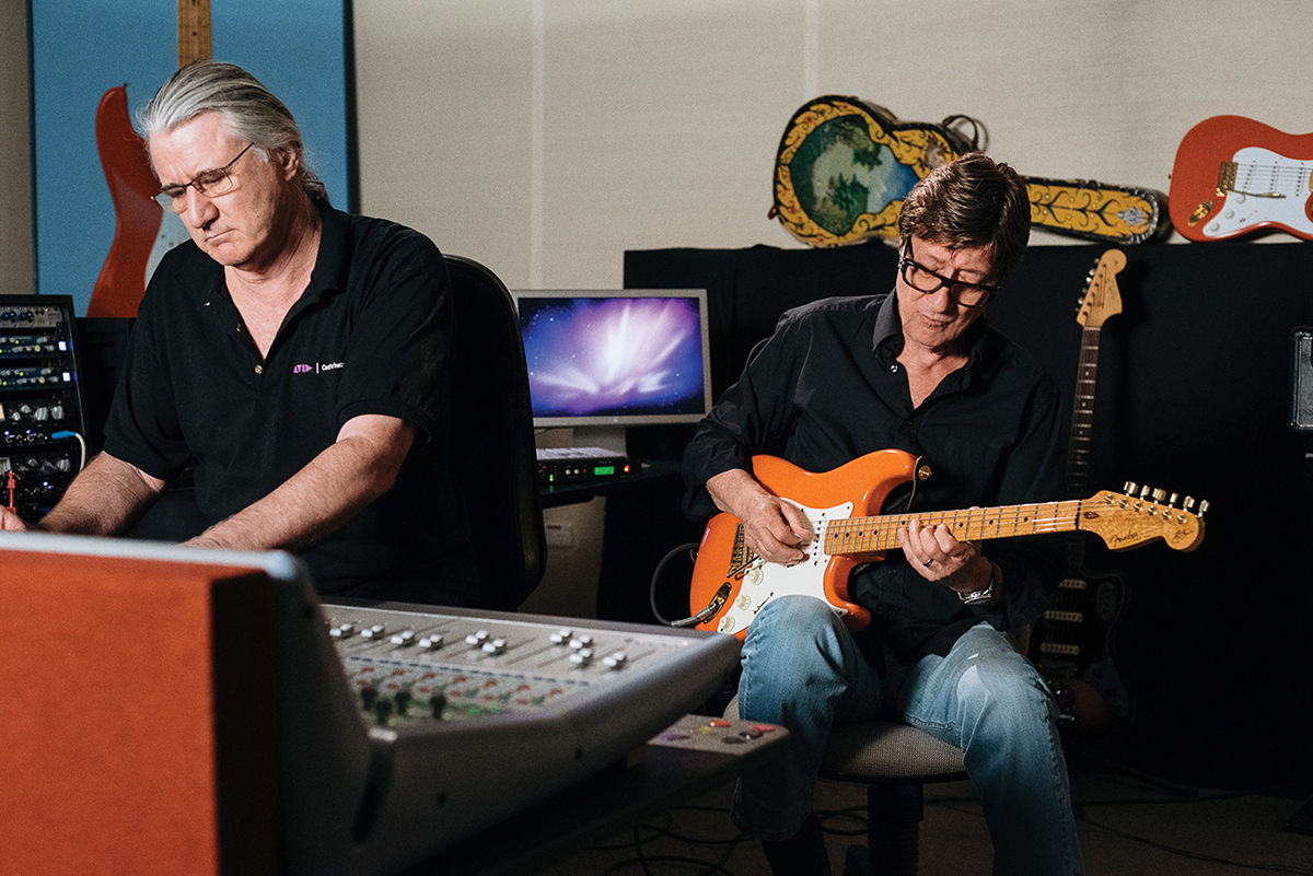 Interview: Hank Marvin - The Guitar Magazine | The Guitar ...