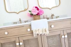 plaid_floor_natural_vanity_bathroom