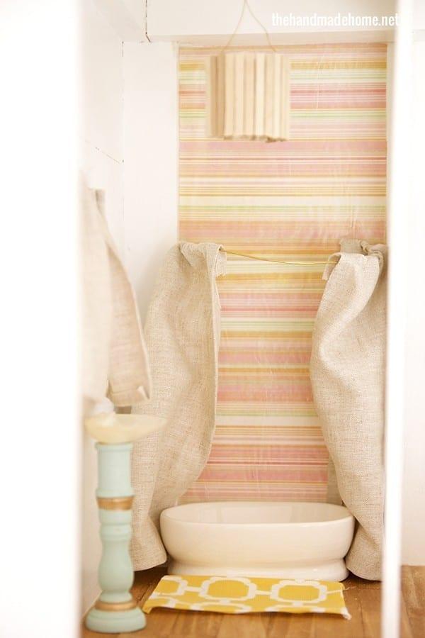 dollhouse_bathroom