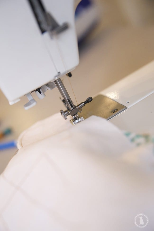 sewing_a_pillow