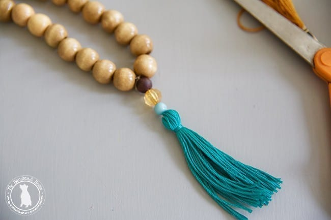 make_your_own_tassels