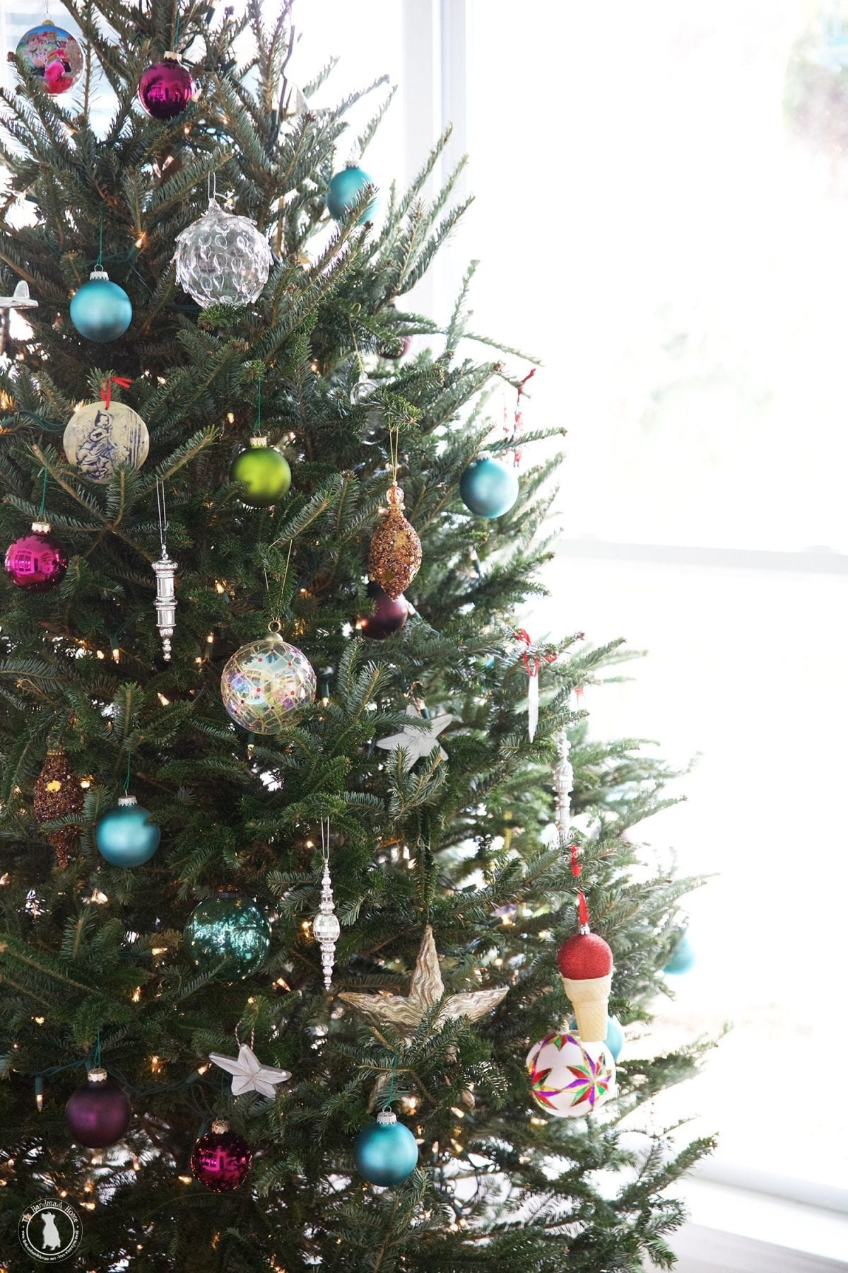 christmas_tree_less_is_more