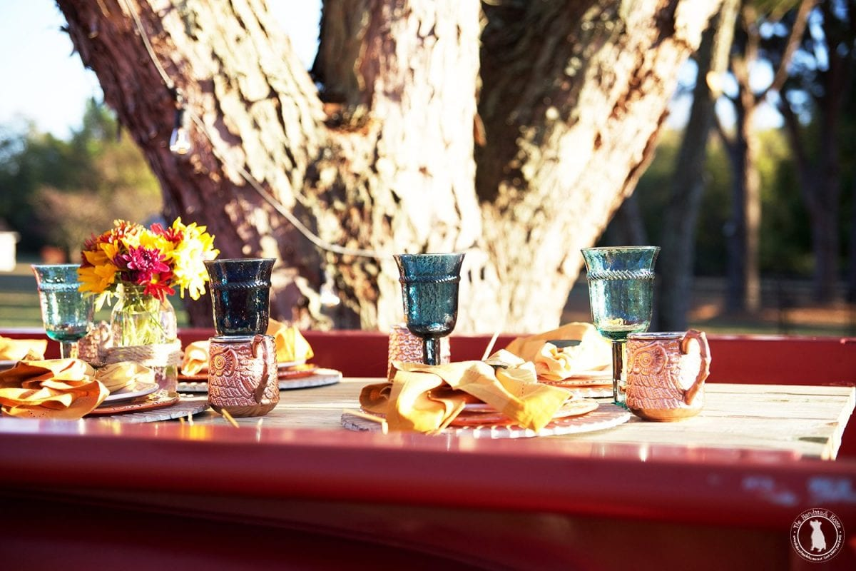 back_of_truck_tablescape