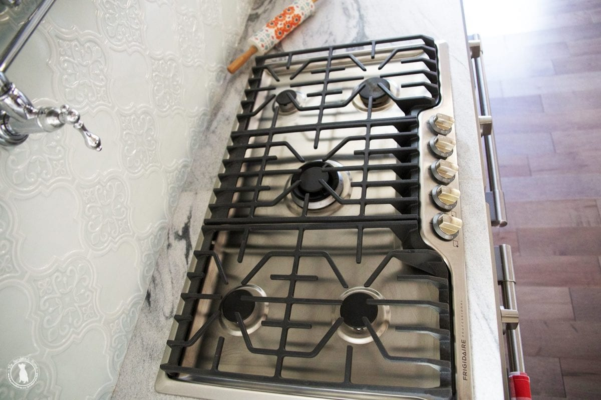stovetop_over_double_ovens