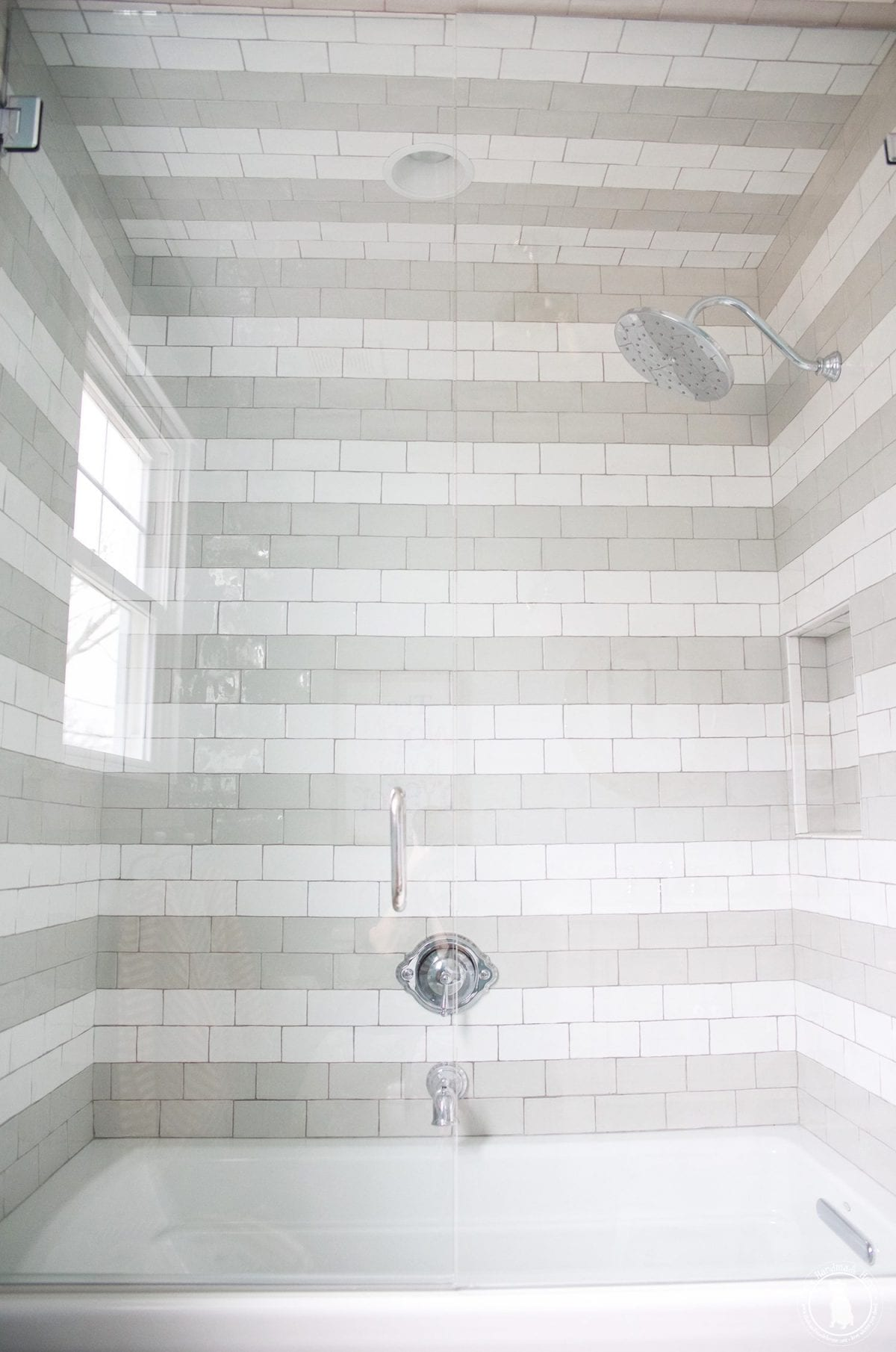 shower_and_framless_glass