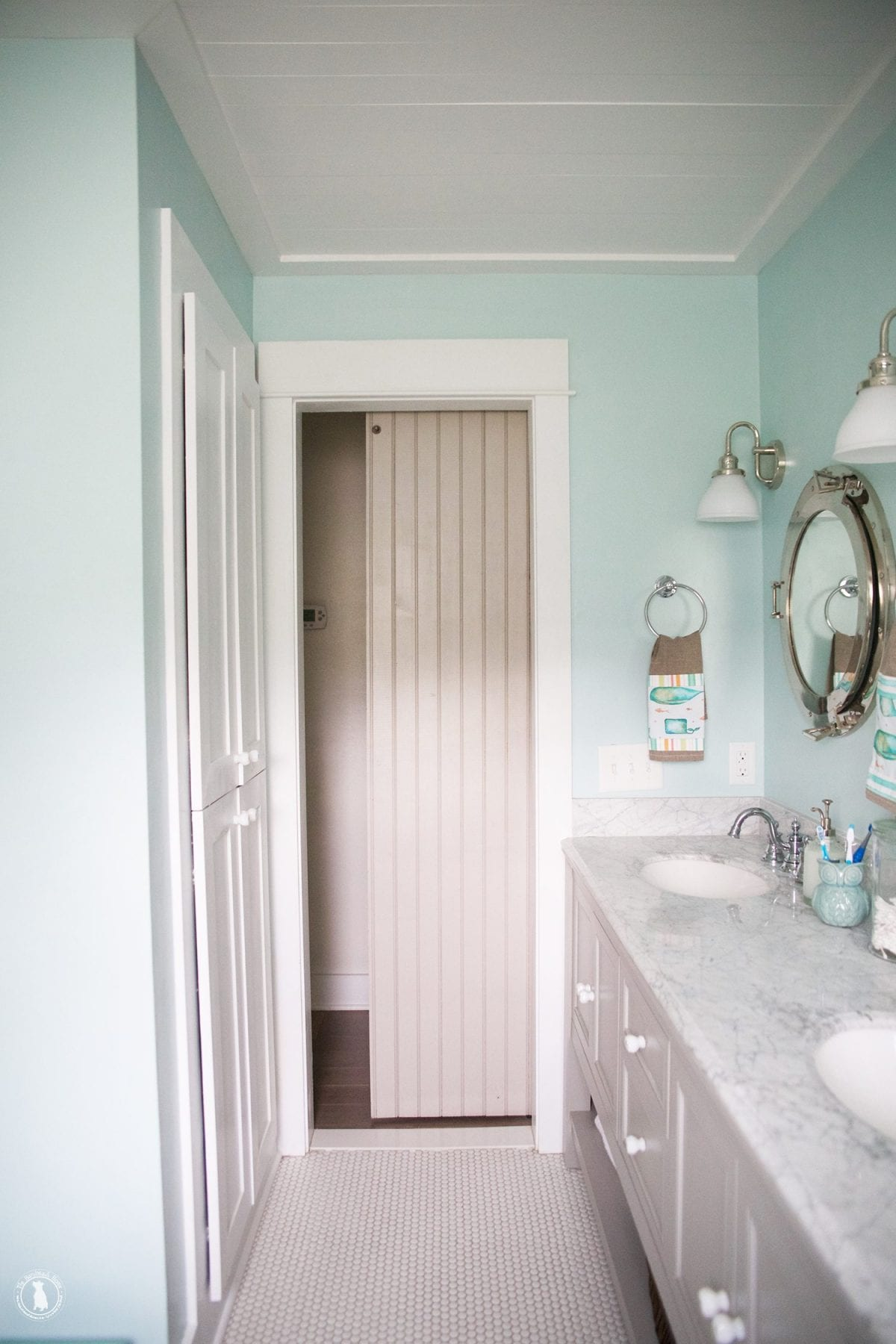 how to add a lock to a barn door - before