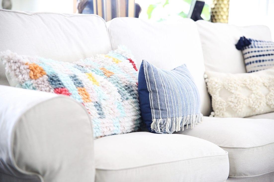 10 foolproof decorating tips - pillows