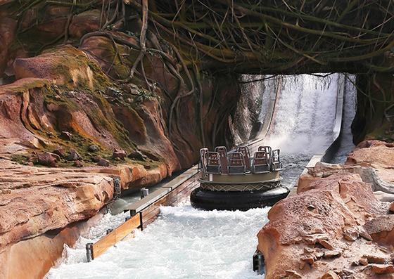 Adventure California Roaring Rapids