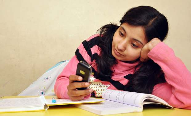CBSE class X results on mobile