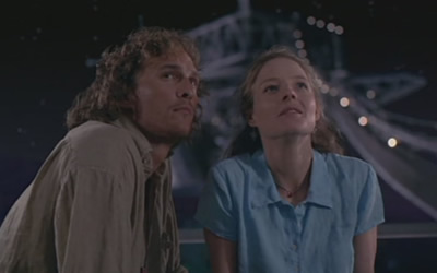 Matthew Mcconaughey And Jodie Foster In Contact