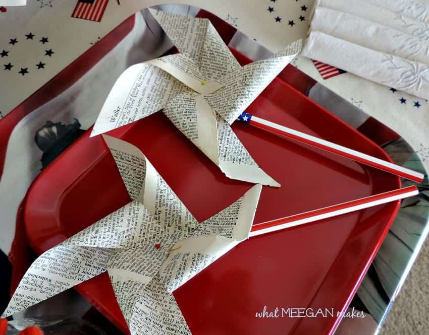 DIY Vintage Book Page Pinwheels - ADORABLE 4th of July decor and even the kids could help make this craft!
