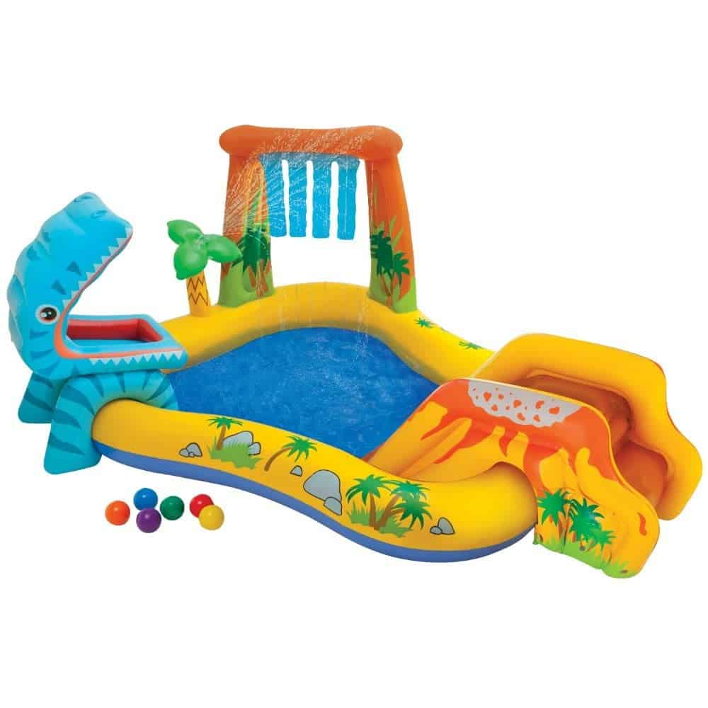 10+ Outdoor Boredom Busting Activities for Kids: Inflatable Play Center | www.thepinningmama.com