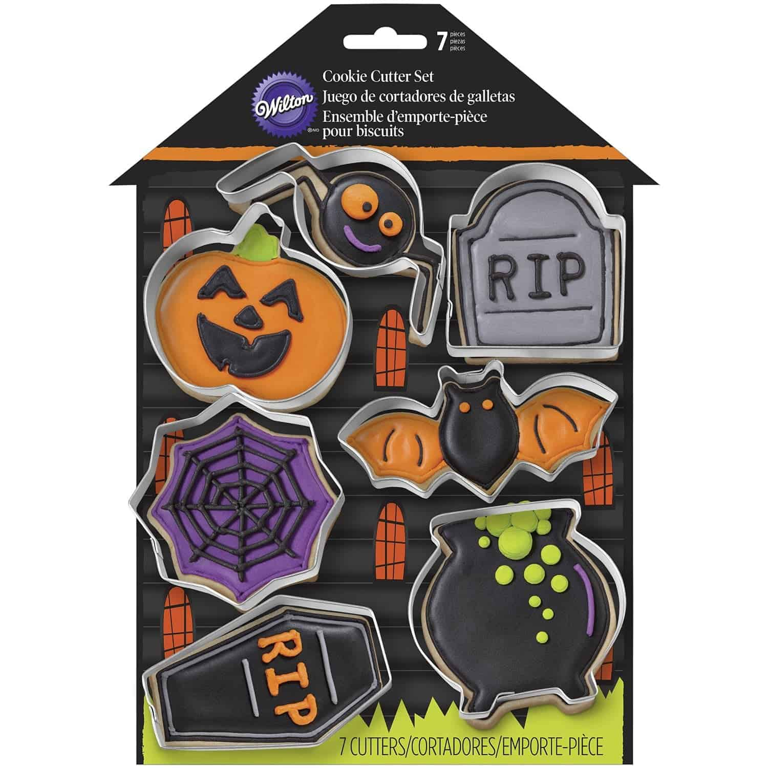 10+ Great Halloween Treats to Give out that Aren't Candy: Cookie Cutters| www.thepinningmama.com