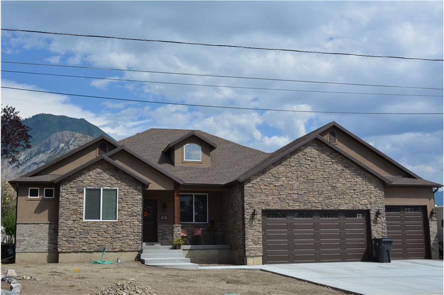 House Plan 187 1037 5 Bdrm 2 050 Sq Ft Ranch Home