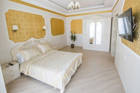 54 Amazing All White Bedroom Ideas   The Sleep Judge Baroque Style Bedroom