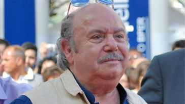 Lino Banfi compie 85 anni: la fame prima del successo, la carriera, la moglie Lucia e la vita privata