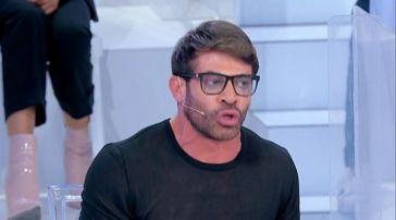 Uomini e Donne anticipazioni 27 settembre: Stefano Pastore fa infuriare di nuovo Gianni Sperti