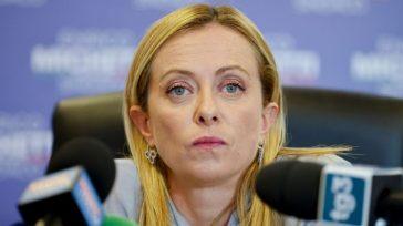 """Assalto alla Cgil, Giorgia Meloni: """"Fascista? Non conosco la matrice"""". L'ombra nera che oscura Fratelli d'Italia"""