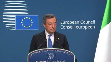 Mario Draghi in ritardo alla conferenza stampa su Energia e Polonia: cos'è successo al Consiglio Europeo