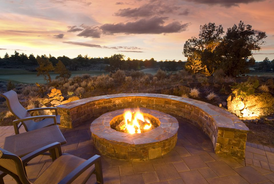 15 Stone Fire Pits To Spark Ideas