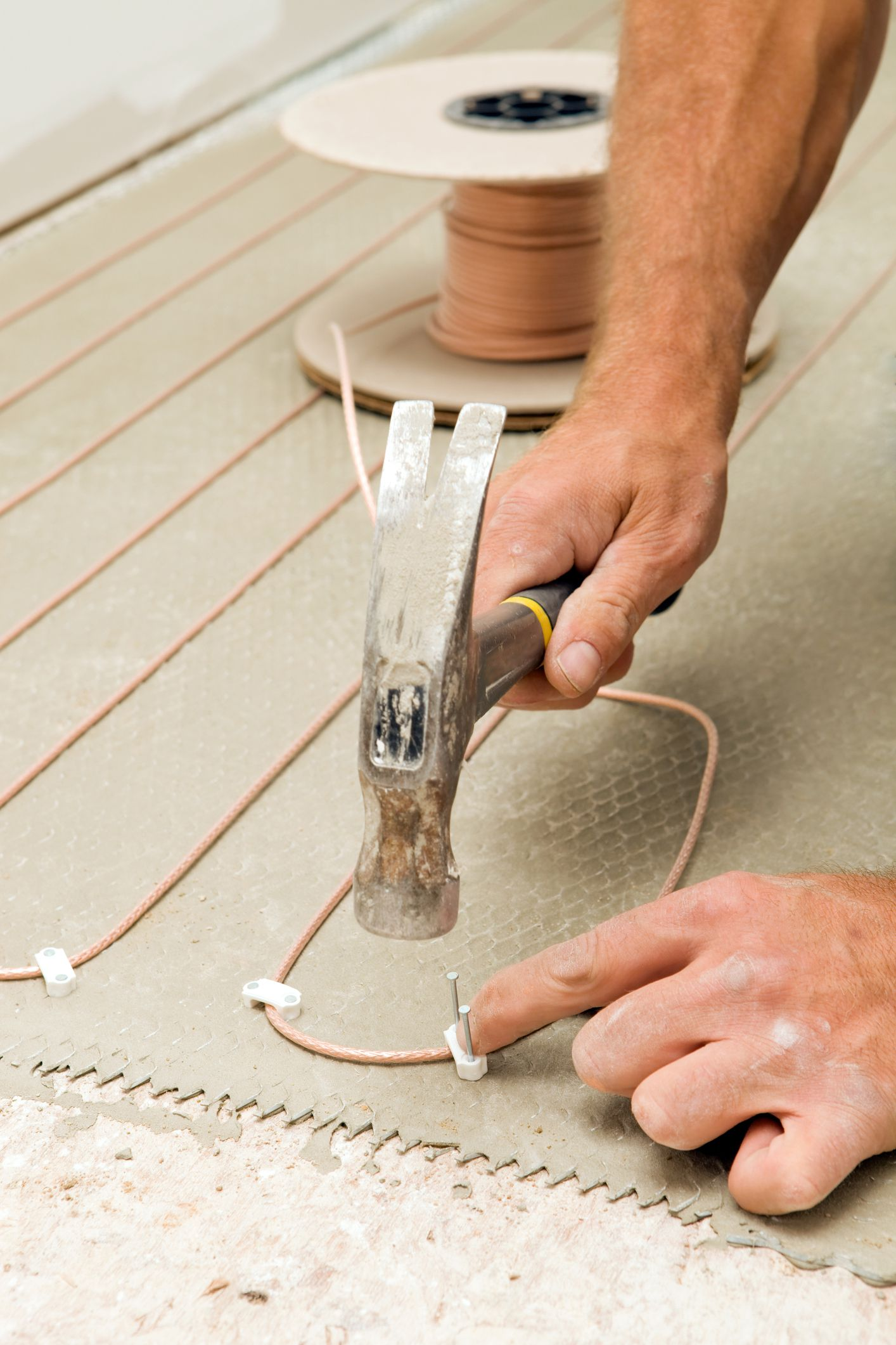 Subfloor Heating Systems With Embedded Radiant Heating