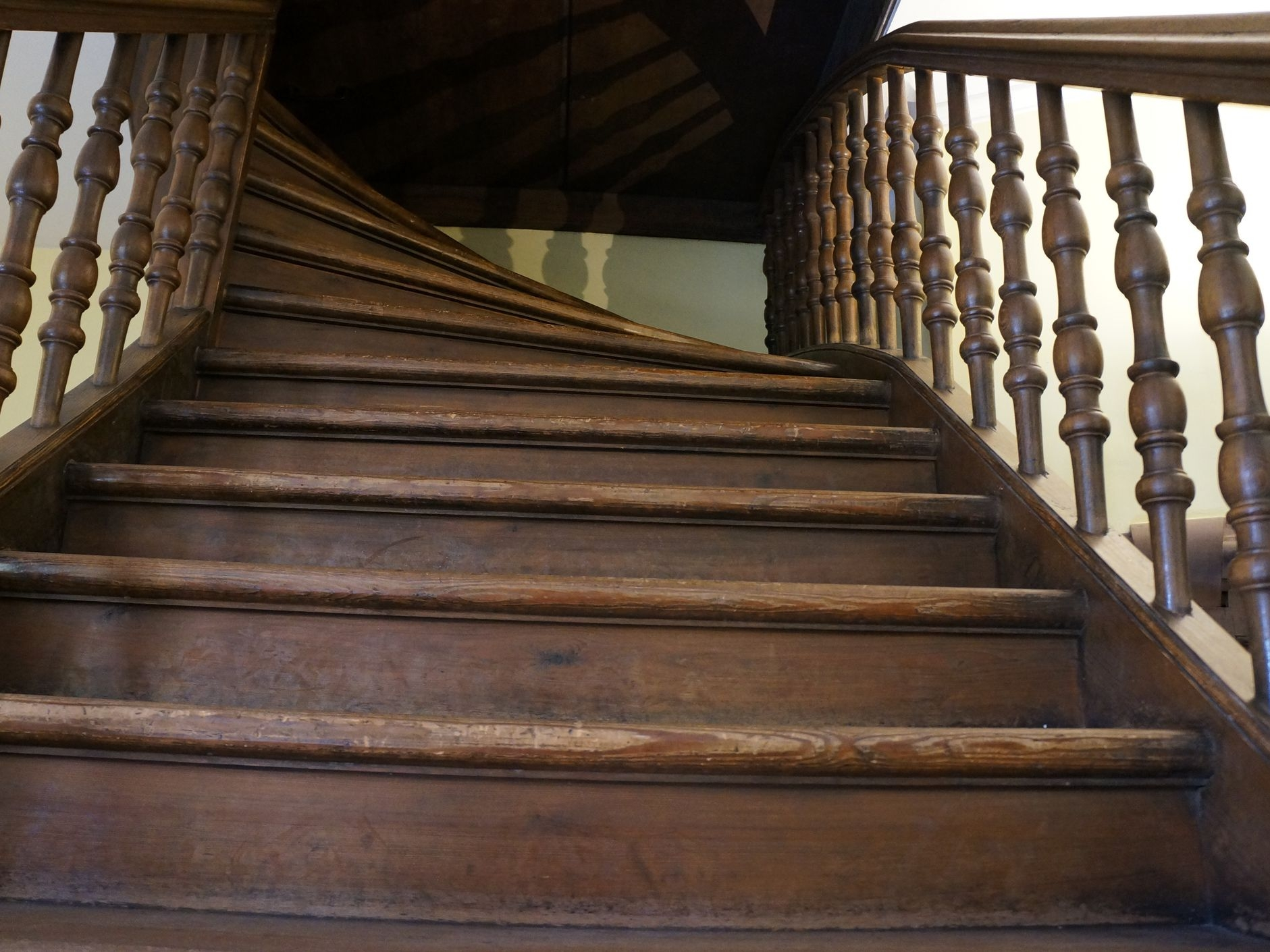 How To Fix Creaky Stairs   Best Wood For Indoor Stairs   Hardwood   Stair Parts   Stair Case   Glass   Red Oak