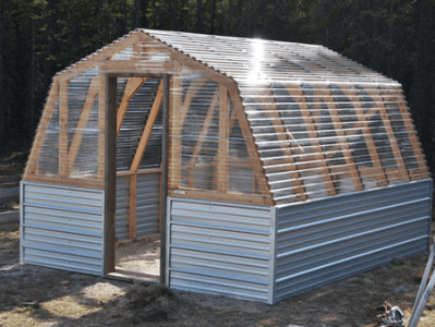 13 Free DIY Greenhouse Plans Picture of a barn greenhouse