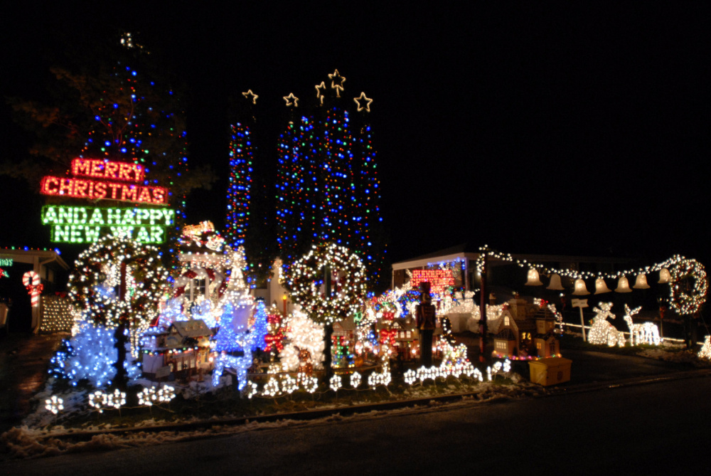 Pickering Family Wins Battle Of Bulbs Again The Star