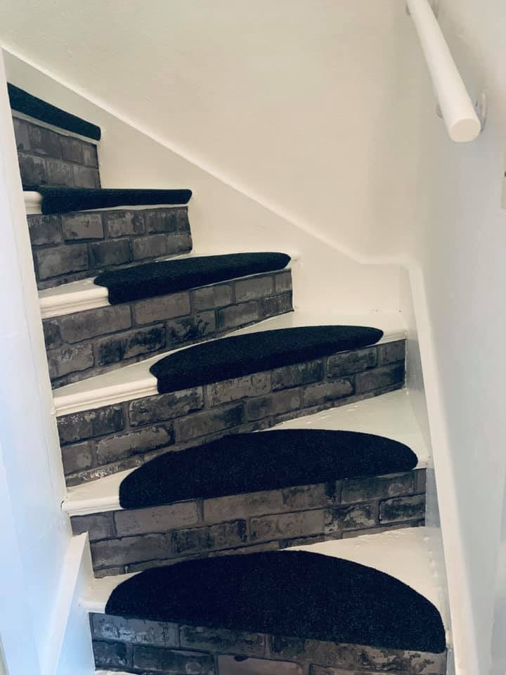 Woman Saves A Fortune By Transforming Her Stairs For Just £52 | Painted Stairs With Carpet | Middle | Design | Diamond Pattern | Victorian | Laminate