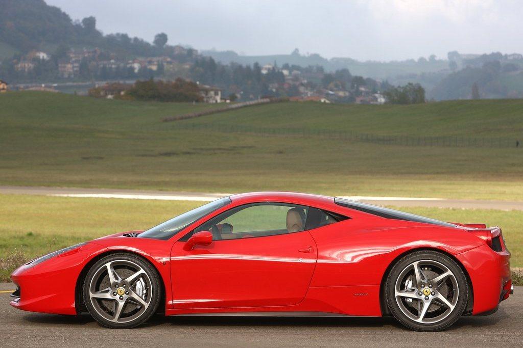 2010 Ferrari 458 Italia Review, Specs, Pictures, Price ...