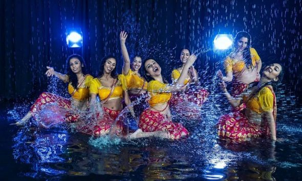 Anisha Babbar, Heroine, Dance Choreography, Halkat Jawani, Dance