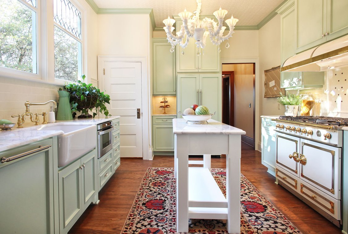 nonconventional portland craftsman kitchen