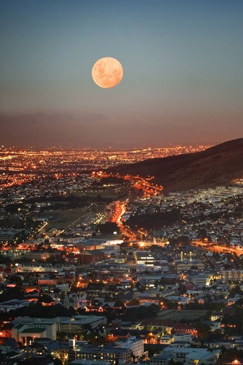 Beautiful Full Moon View Places Around The World The Wow