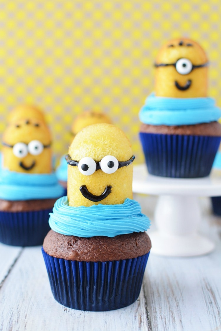 Despicable Me Minion Cupcakes Super Easy For A Party
