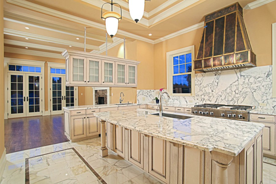 Kitchen Floors Gallery   Seattle Tile Contractor   IRC Tile Services kitchen floor 2b