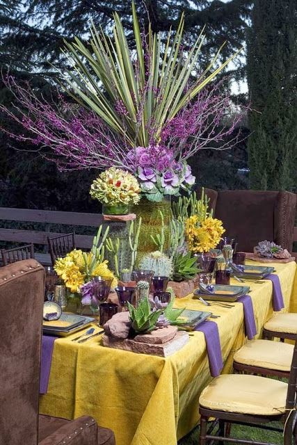 Great Purple Thanksgiving Table Decorations