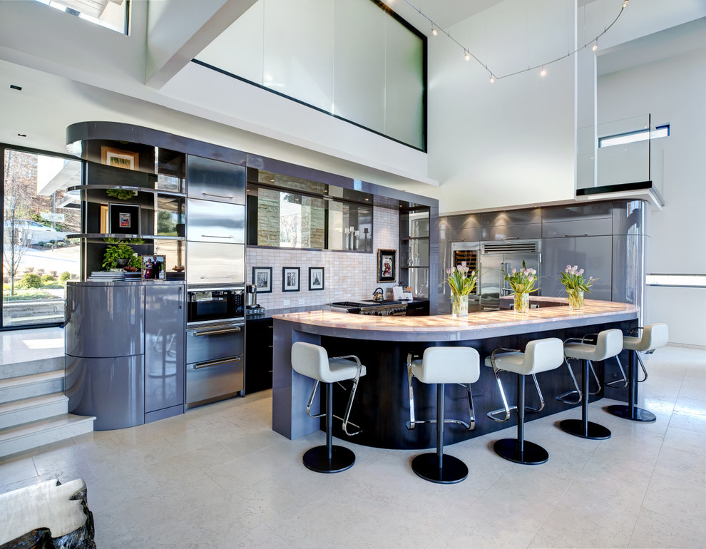 Fabulous Curved Kitchen Islands That Will Steal The Show