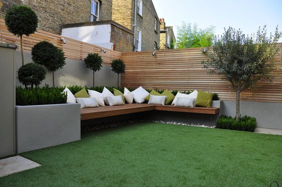 Corner Seating Areas Perfect For Small And Spacious Gardens