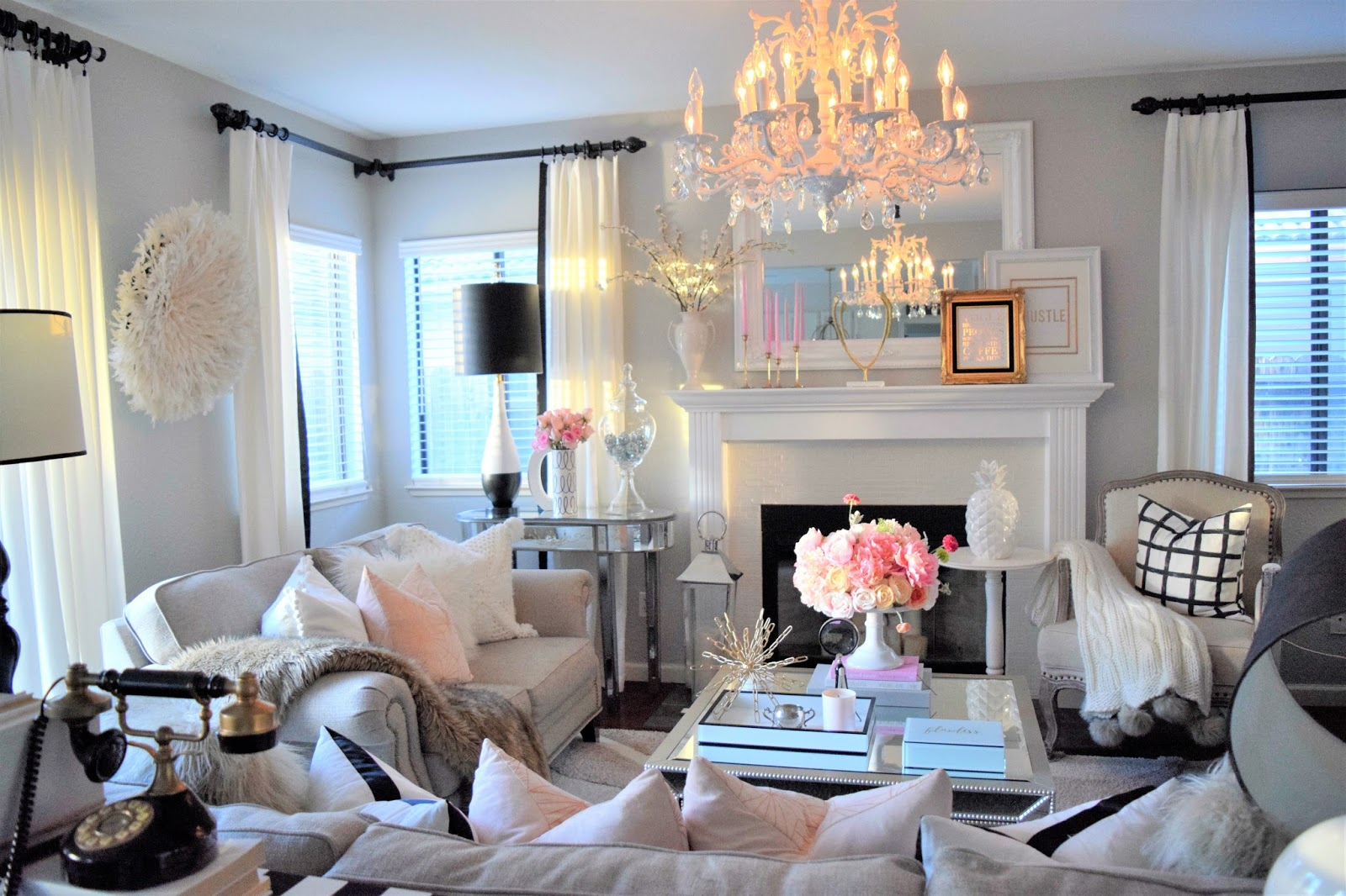 Bring That Royal Look In Your Living Room In Just Few Simple Steps