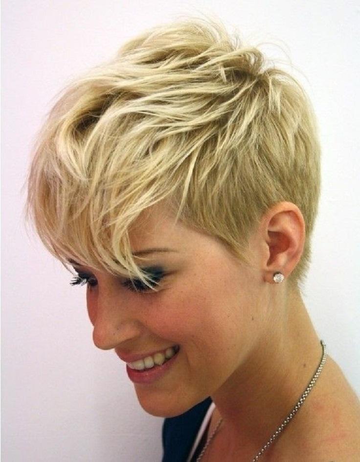 Short Round Layers Haircut