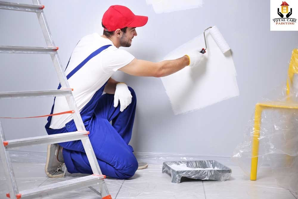 5 Benefits of Hiring Professional Residential Painting Contractors     There is always a clear difference between a paint job done as a DIY  project  handled by amateurs and undertaken by professional painters