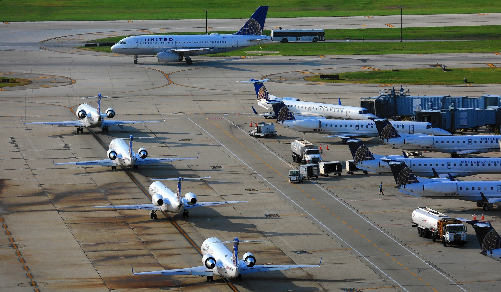 Rule To Prevent Tarmac Delays Backfires For Airline