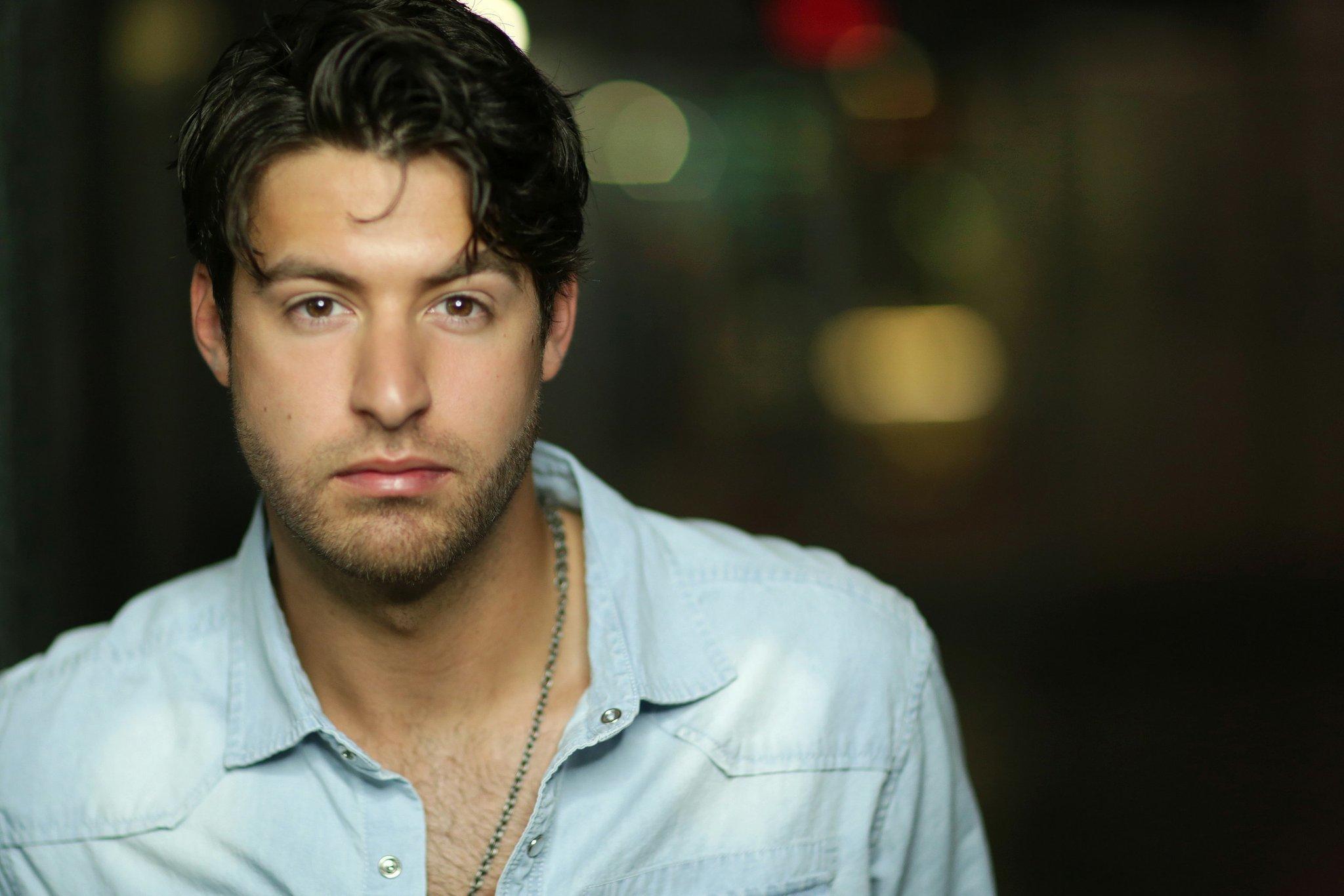 Country Singer Austin Webb I M Livin The Dream The