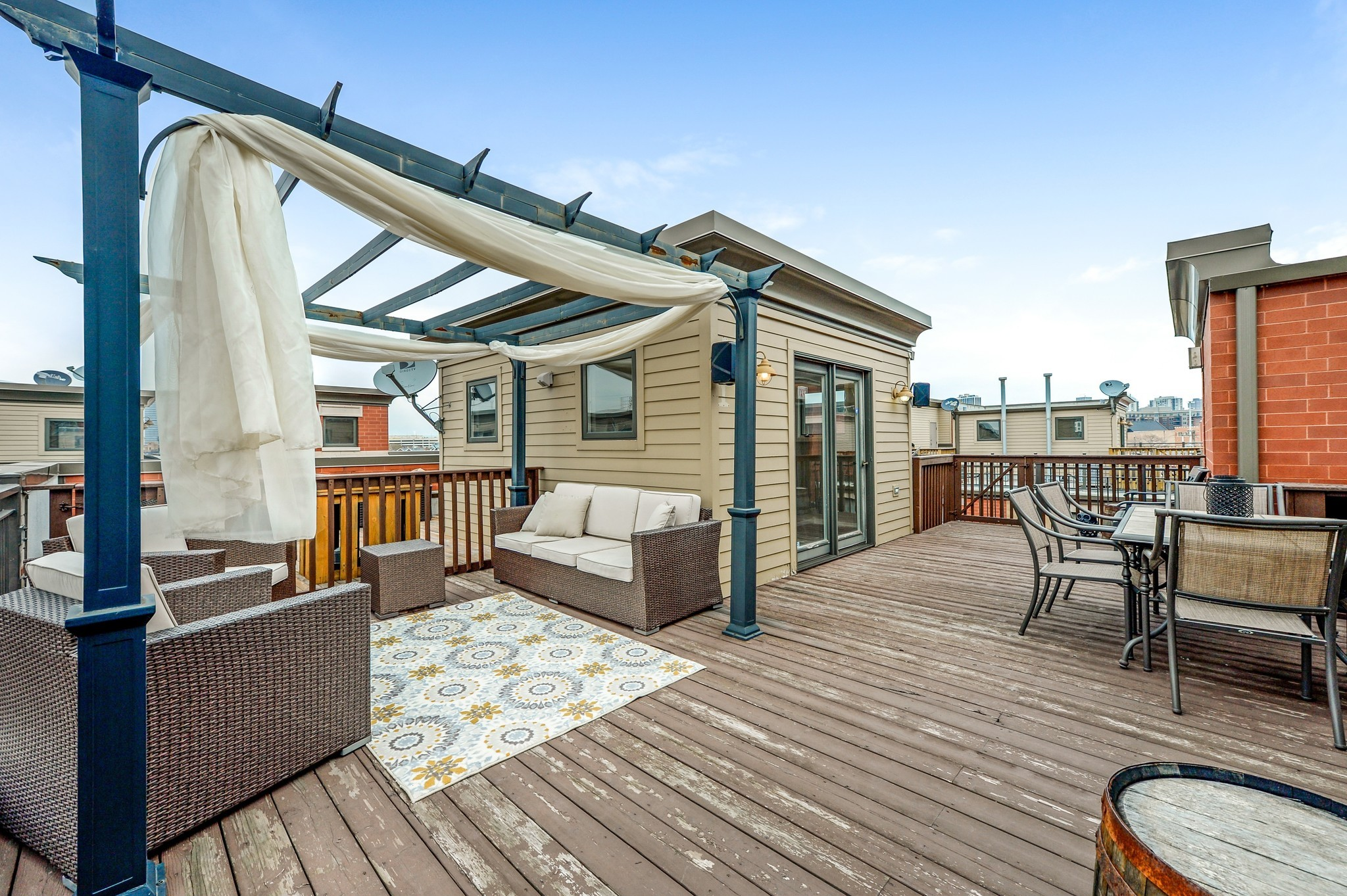 River North Townhouse With Roof Deck 849 000 Chicago