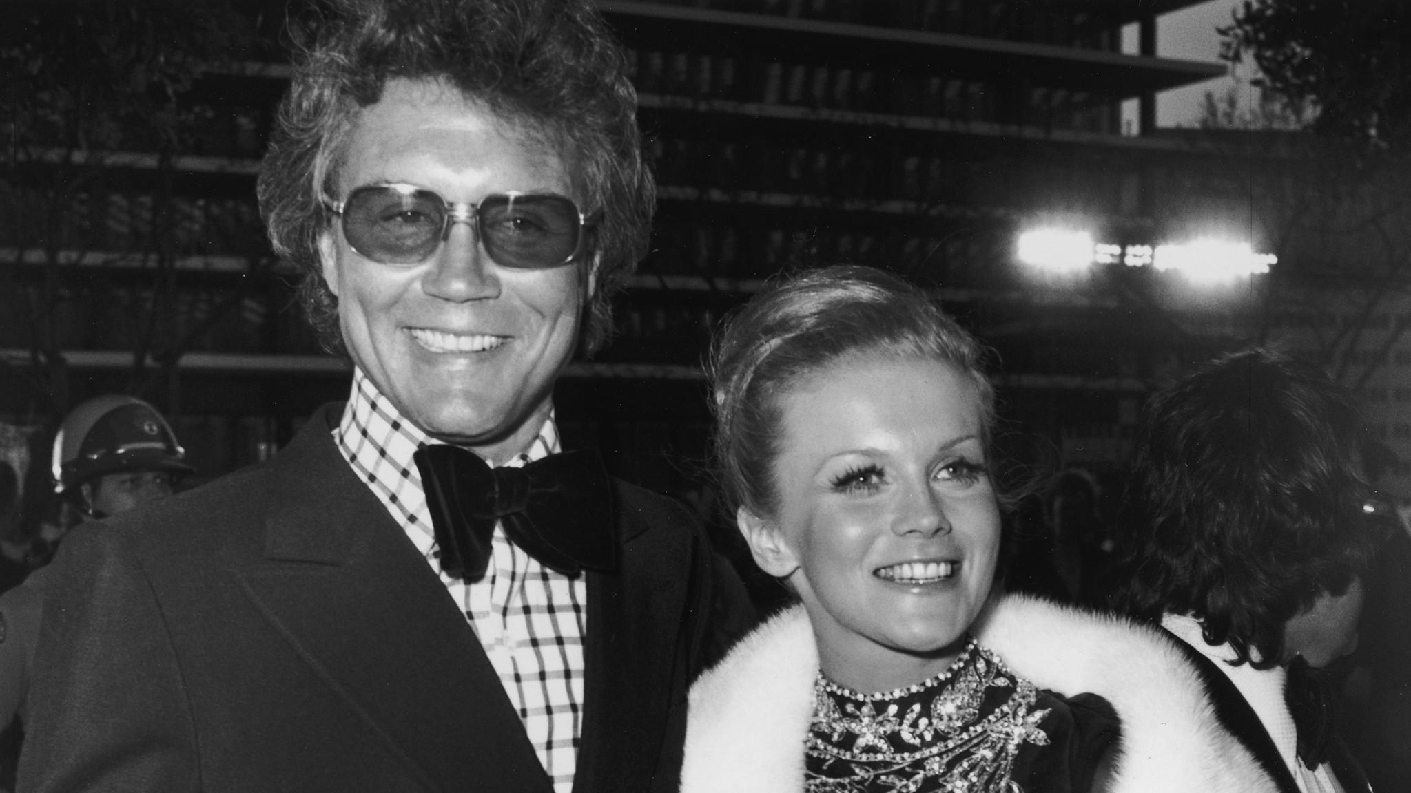 Billionaire Robert Smith Ex Wife