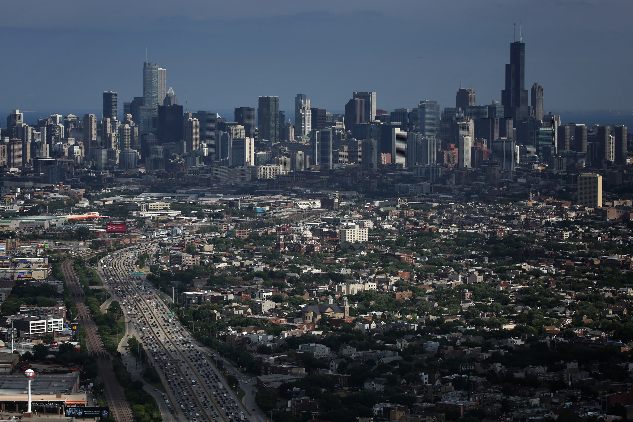 Chicago Dreams Of Amazon Chicago Tribune