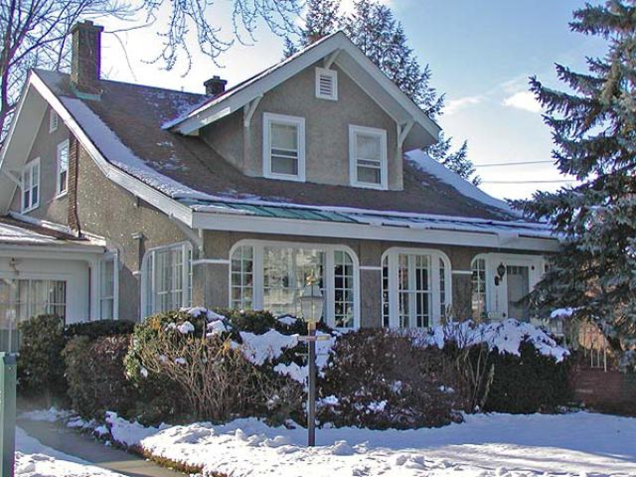 Bungalow Style Homes Craftsman Style Homes With Stucco