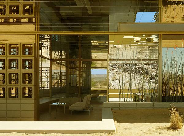 Gold Interior Design In A Golden Exterior House Amazing