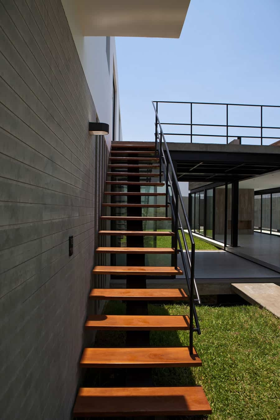 House With Rooftop Pool Modern House Designs | Stairs With Glass Sides