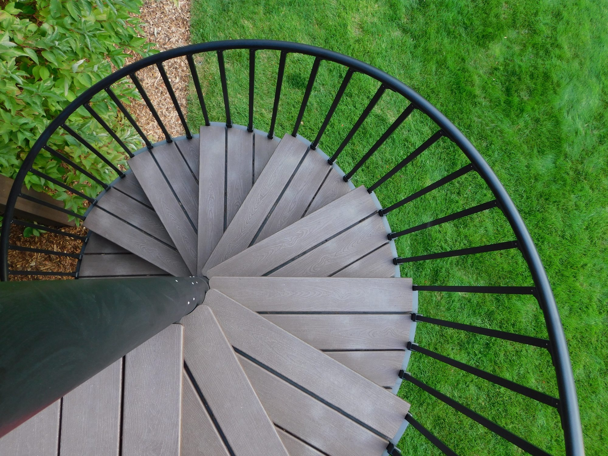High Performance Trex Spiral Stairs   Trex Spiral Stairs Cost   Stair Treads   Composite   Stair Case   Steel   Handrail